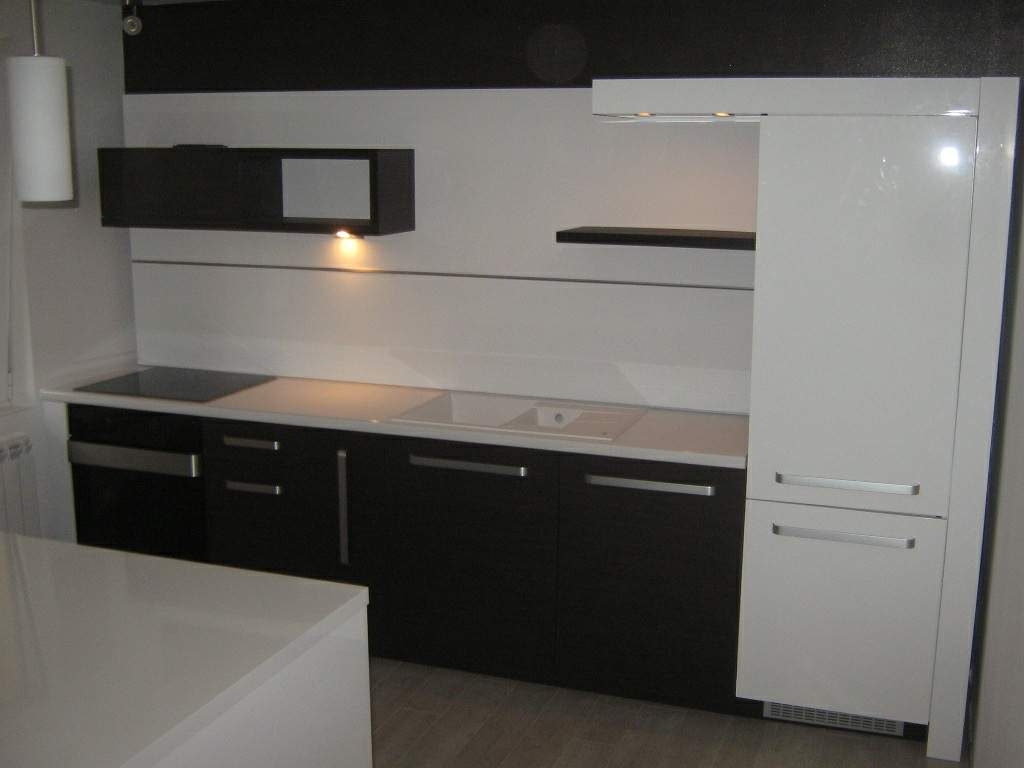 kuhinje po meri americki plakari namestaj po meri. Black Bedroom Furniture Sets. Home Design Ideas